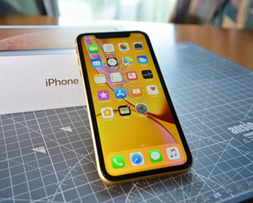 Enter The Apple iPhone XR Max Giveaway - dealmaxx