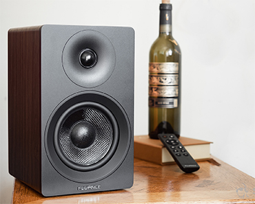 Fluance's Ai40 5-inch Powered Bookshelf Speakers