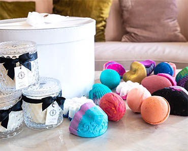 JEWEL CANDLES & BATH BOMBS